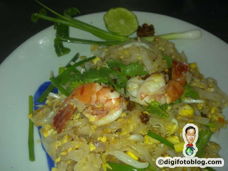 Pad thai cooking experience at the blue elephant thailand for Zeke s fish and chips